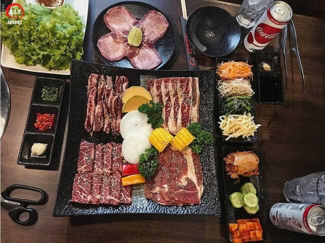 Thịt bó là lựa chọn của hầu hết thực khách.
